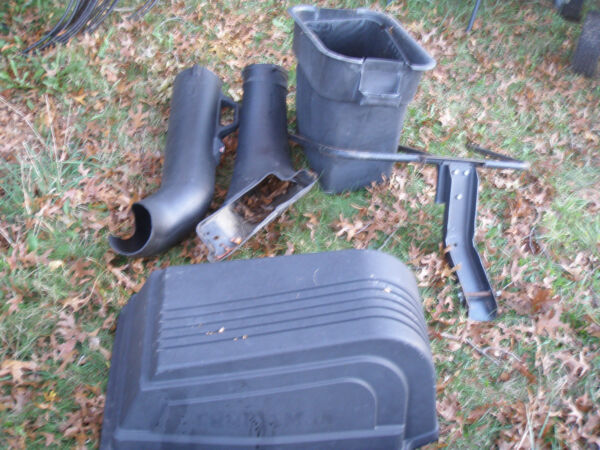 CRAFTSMAN TRACTOR 11HP 38quot; DECK GRASS LEAF COLLECTOR BAGGING SET UP 917.254230
