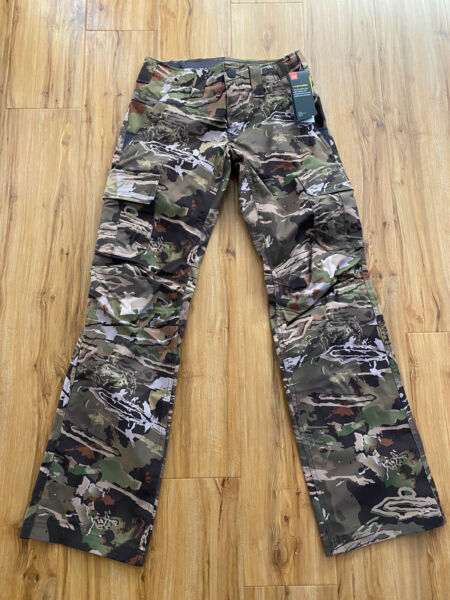 Under Armour Women#x27;s Storm Hunting Camo Pants 1254097 940 Camouflage Size 10