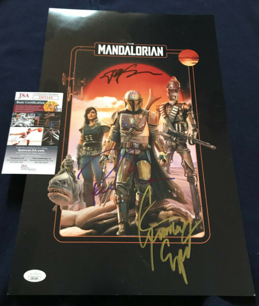 Pedro Pascal signed Mandalorian poster cast x3 Star Wars photo Giancarlo Favreau