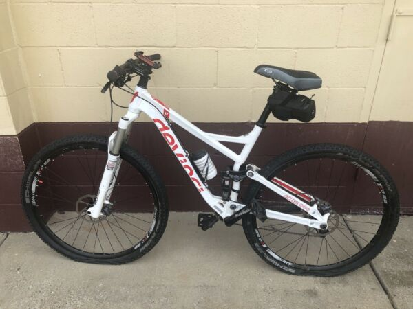 Devinci Atlas RC Bike a x $1499.99