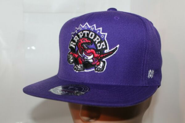 Toronto Raptors Mitchell amp; Ness NBA Team Solid Hi Crown Fitted CapHat NEW