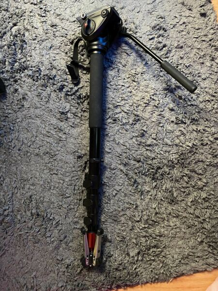 Manfrotto MVM500A Fluid Monopod with 500 Series Head w Quick Release Plate