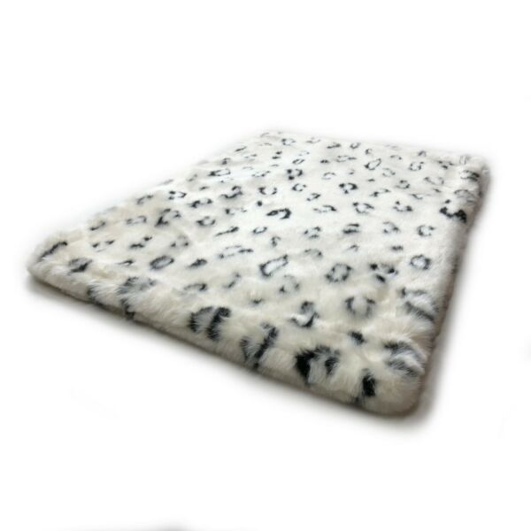 quot;NEWquot; Luxury Pet Bed Mat quot;TIGER DREAMZquot; Small Snow Leopard Double sided