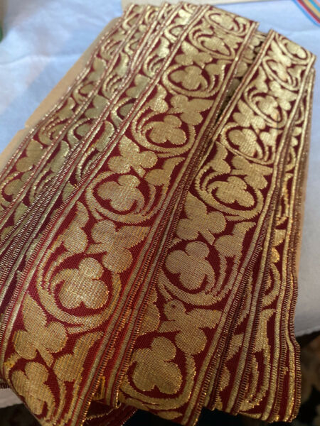 ANTIQUE VINTAGE FRENCH GILT BULLION AND RED WOVEN TRIM: 20 Yds.