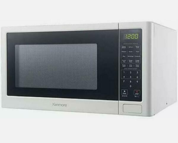 Kenmore 1.2CU FT Countertop Microwave Oven Color White 2075652 Box Damaged