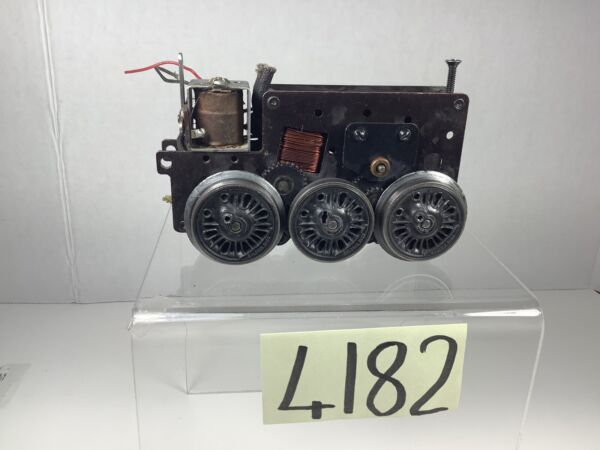 Lionel # 2025Motor Chassis w E Unit and Smoke Unit For Parts. $49.99