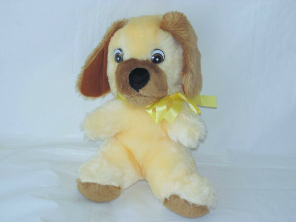 VINTAGE SUPERIOR TOY AND NOVELTY TAN DOG FOAM PLUSH TOY 10quot; $15.00