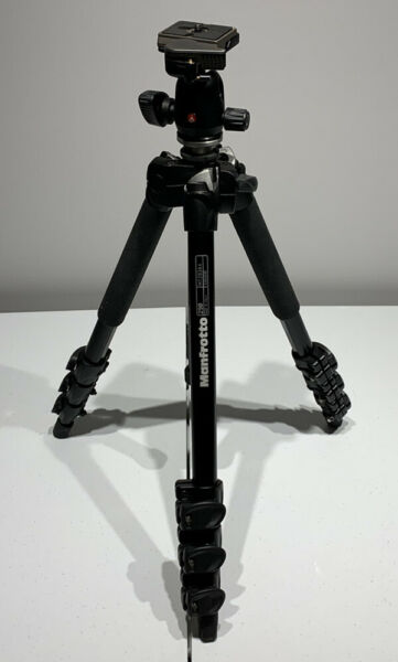 Manfrotto 290 MT293A4 LightAluminum Tripod with Manfrotto Head 494RC2 TZ062238
