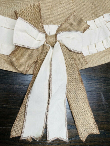 NWOT Rustic Burlap Tree Skirt with Bows and Canvas Twill Ruffle