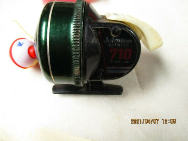 Vintage Johnson 710B Fishing reel. Made in USA