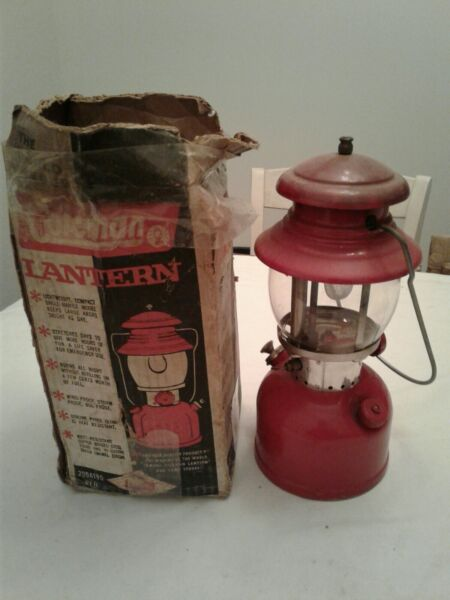 Vintage COLEMAN Single Mantle Lantern 200A Red In Original Box w Mantles