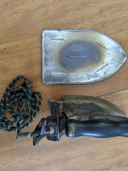 Royal Rochester Iron vintage antique with plate