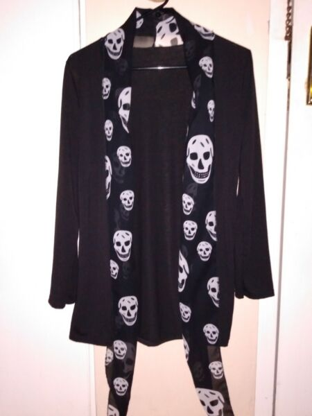 Ladies Black Open Front Sweater Long Skull Collar Size Small $11.99