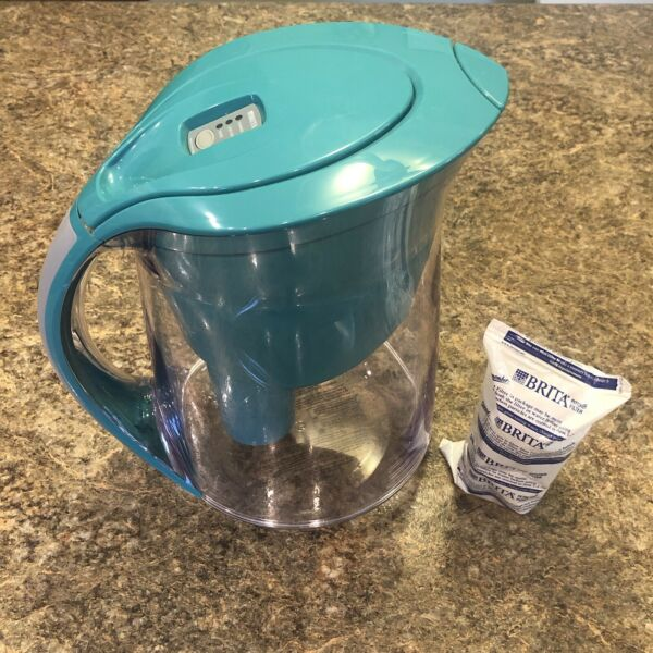 Brita water filter pitcher With Filter Blue Green