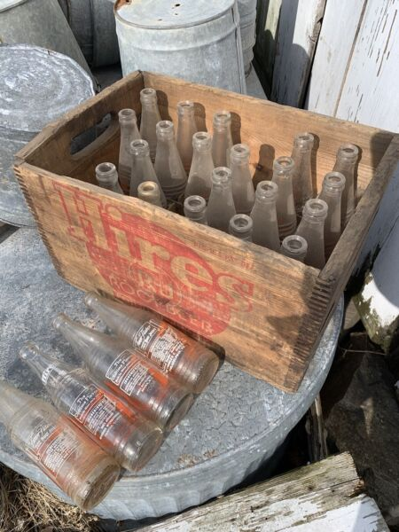 Antique Old Hires RJ Root Beer Wood Dovetailed Crate Box with 24 bottles Various