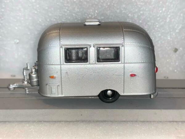 Slot Car Hitch amp; Tow Diecast 1 64 SCALE AIRSTREAM BAMBI Trailer $12.99