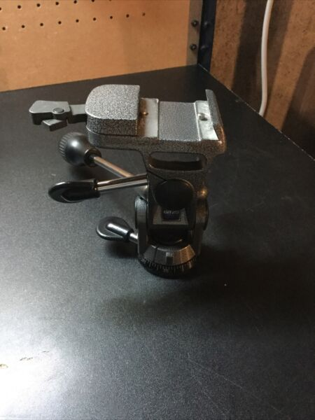 Gitzo G1172 3 Way Panhead Tripod Head