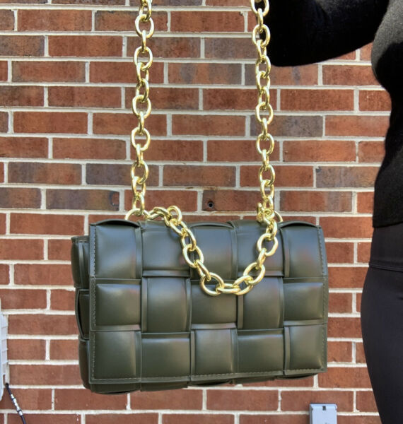 The Chain Cassette padded intrecciato Deep Green bag $170.00