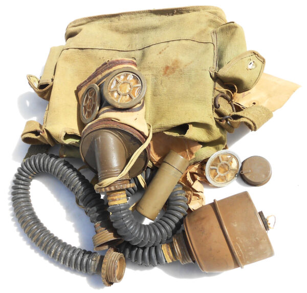UNUSED FRENCH PRE EARLY WW2 GAS MASK DATED 1935 39 COMPLETE W HOSE amp; CANISTER