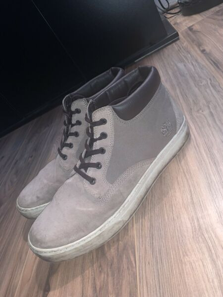 Timberland Boots for Men Size 11 Gray $45.00