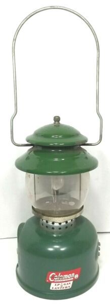 Coleman Single Mantle LP Gas Canister Lantern model 5120 dated 8 66 untested