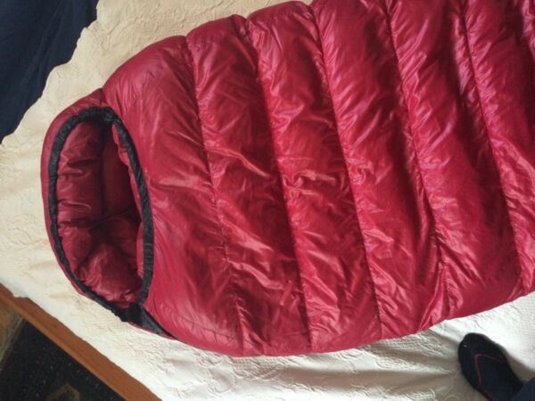 "Western Mountaineering Apache MF 15F Degree Down Sleeping Bag 5'6"" Right Zip $489.00"