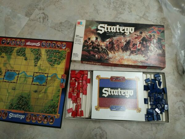 STRATEGO Vintage Milton Bradley 1986 Board Game MB Battlefield Strategy 4916