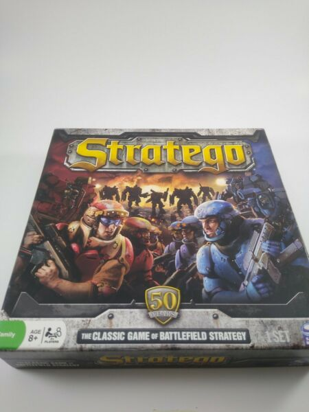 Stratego Classic Battlefield Strategy Board Game 2011 Edition Complete
