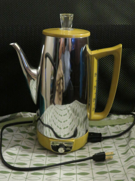 Vintage General Electric 9 Cup Immersible Coffee Percolator Pot Gold Trim