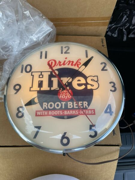 Hires Root Beer Lighted Clock