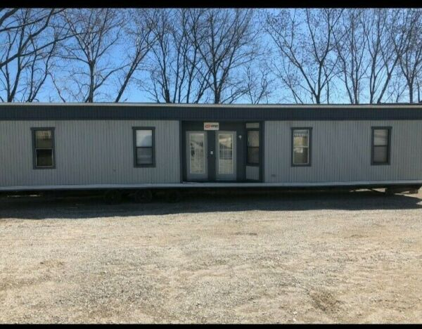 OFFICE TRAILER 4 BED OR 4 OFFICE ROOM FOR SALE 24'x56' WITH ENTRY STEPS $45000 $30500.00
