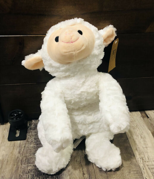 New With Tags Petsmart Dream 2018 Collectible White Lamb Sheep Toy Squeaker $12.20