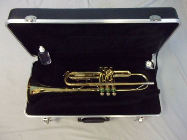 READY TO PLAY BACH TR300 TRUMPET NEW MOUTHPIECE CASE BONUS SERVICED