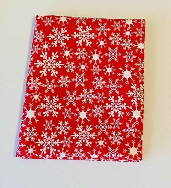 Fat Quarter Red And White Snowflakes Christmas Quilting Cotton Fabric $3.99
