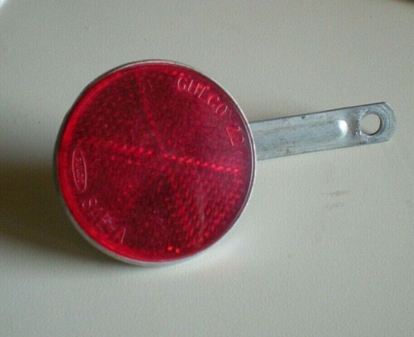 Gulco 22 Red Rear Reflector Bright Star Schwinn 2 1 4quot; With Mount $9.99