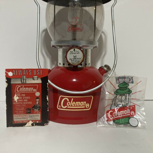 Beautiful 1971 Coleman 200A Single Mantle Lantern Excellent Condition Red $229.95