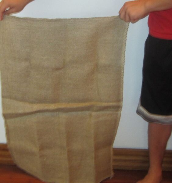 2 NEW FOOD GRADE JUTE BURLAP SACKS 23quot; X 36quot; GUNNY FEED BAG JUTE TOW SACK BAGS