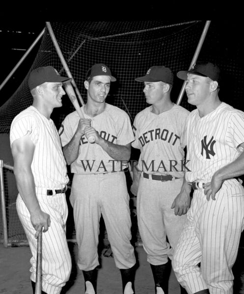 1961 ROGER MARIS MICKEY MANTLE & ROCKY COLAVITO NORM CASH 8x10 PHOTO