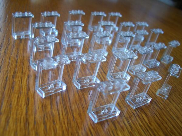 LEGO  NEW  ( 50  )  CLEAR  1 x 2 x 2  PANELS ( SEE DISCOUNT )