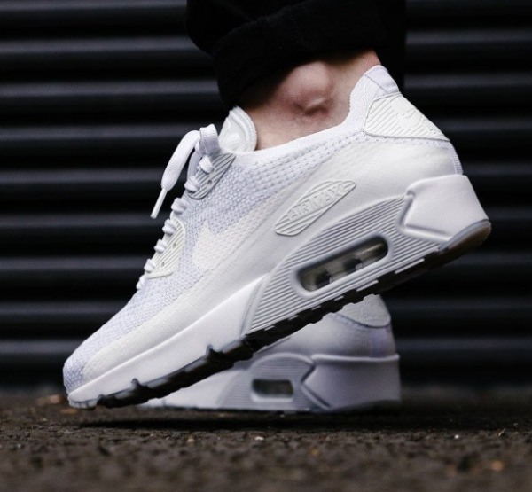 Nike Air Max 90 Ultra 2.0 Flyknit White/Pure Platinum Mens Size 8-13 875943 101