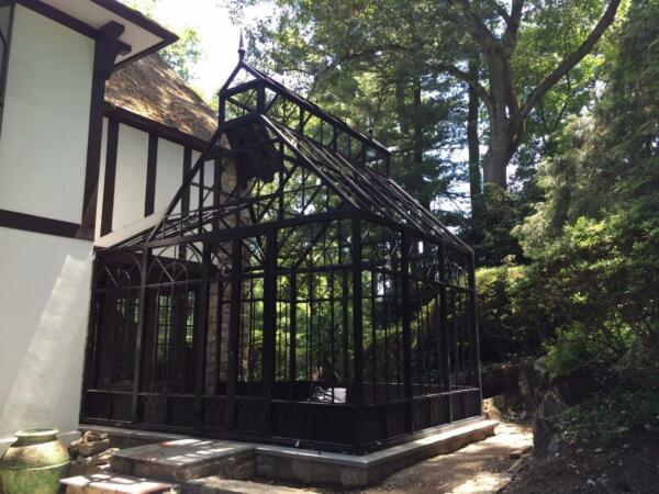 LARGE EXTERIOR SUNROOM - GREENHOUSE - GAZEBO - GOTHIC DESIGN - CONSERVATORY  SS1