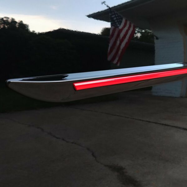 BODY SIDE Moldings PAINTED With RED Trim Insert For: VW ATLAS 2018-2019