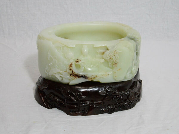 Large  Well  Hand  Carved  Chinese  He-Tian  White  Jade  Brush  Washer