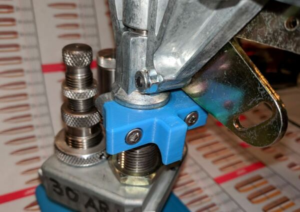 EZ clamp; quick disconnect clamp for the Dillon 550 powder measure