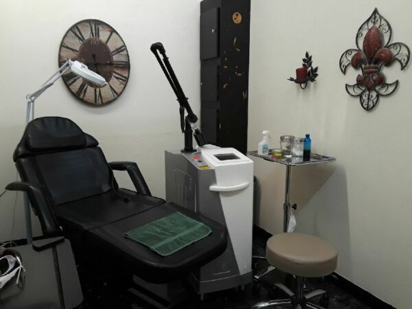 Q Switch Yag Laser For Tattoo and Hair Removal