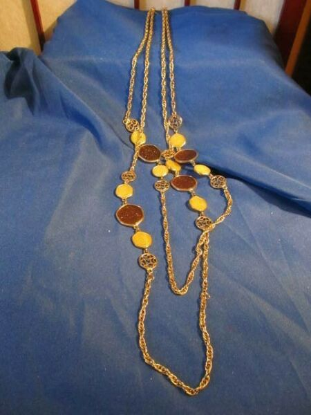TWO SARAH COVENTRY TASTE OF HONEY NECKLACES TO MAKE ONE 76