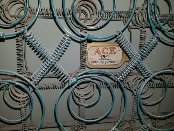 Vintage Green Simmons Ace Steel Metal Coil 3 4 Size Box Springs LOCAL P U ONLY