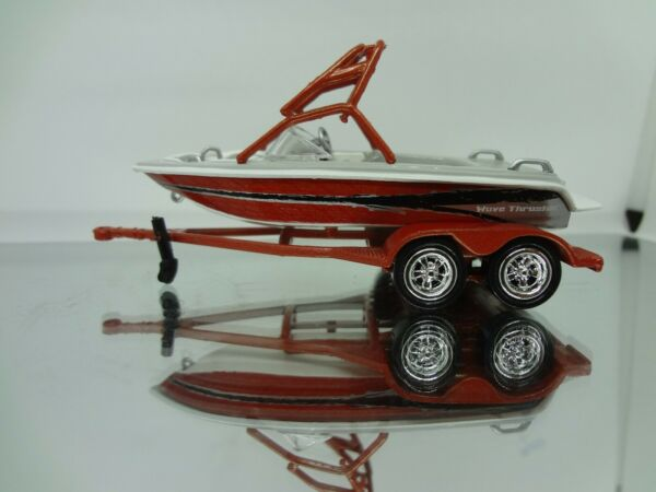 JL Wave Thruster Boat with Trailer 1:64 Loose New Mint Rare $7.99