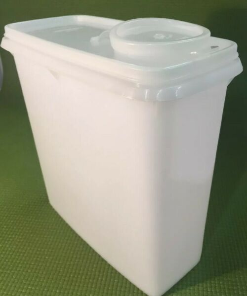 Tupperware Super Saver Cereal Storer Keeper Clear White With Lid  8