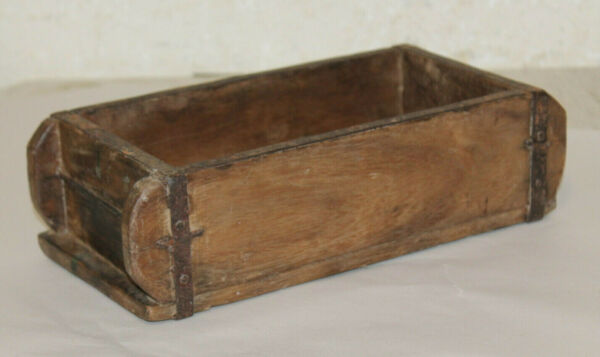 Rustic Primitive Farmhouse Decor Vintage Wooden Brick Mold Box 12x6x4
